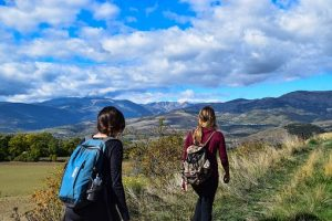 hiking-1811970__340 (1)
